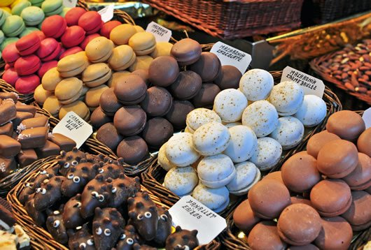 Macaron Baking Class: Macarons at a market in France.