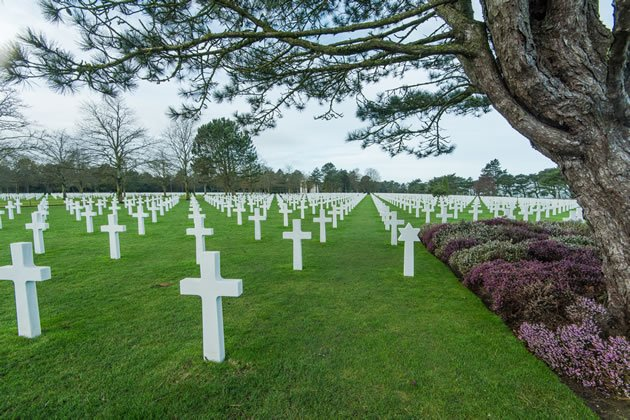 Paris Vacation Package: Visit the American Cemetery at Collevile-Sur-Mer