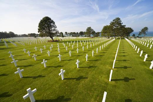 Private Normandy D-Day Tour: American soldiers buried at the American military cemetery at Colleville-sur-Mer.
